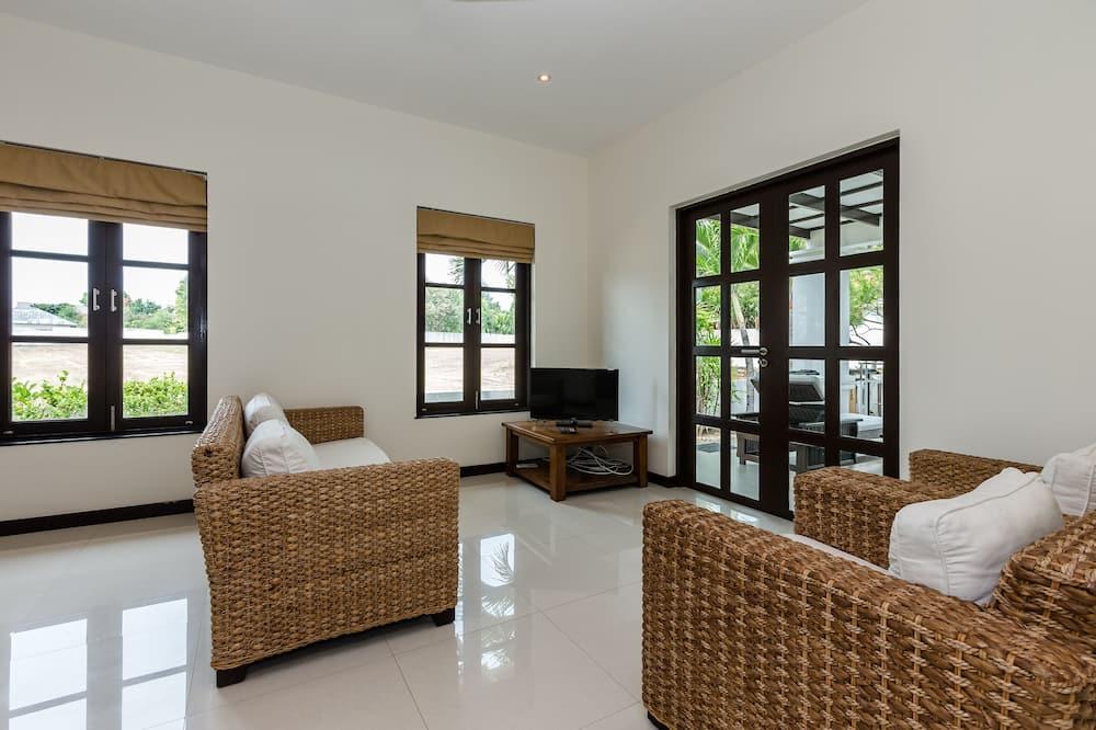 3-Bedroom Villa with a private Pool - Area soggiorno