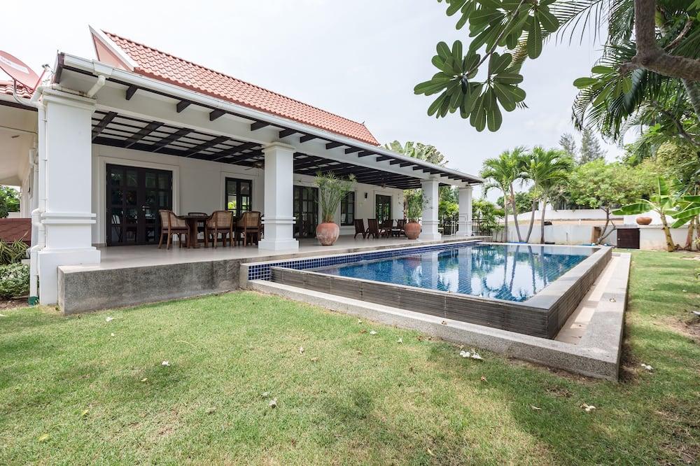 3-Bedroom Villa with a private Pool - Piscina privata