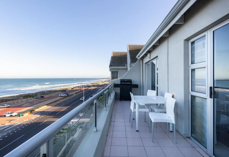 Sea Spray B403 by CTHA, Cape Town, Apartment, 2 Bedrooms, Balcony