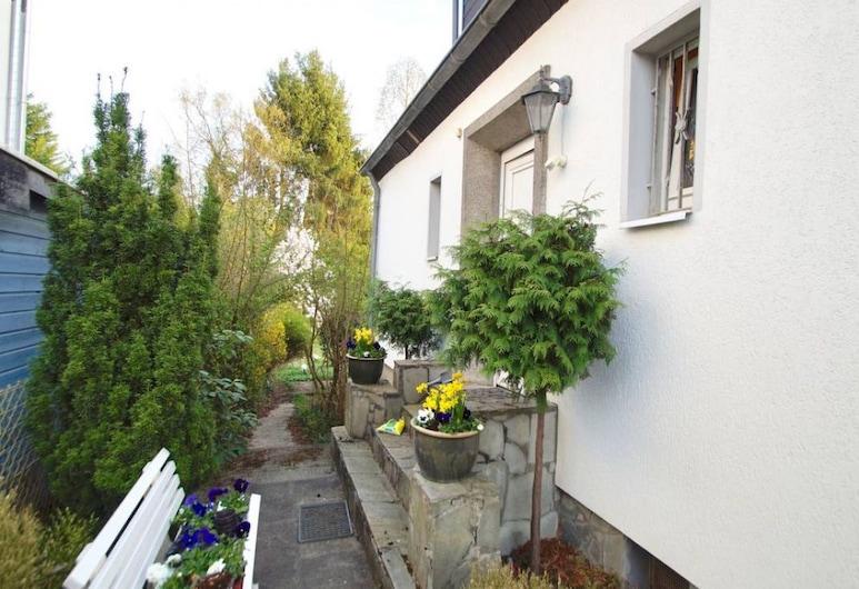 Ferienwohnungen  Bergisch Gladbach GL234, Bergisch Gladbach, Terrace/Patio