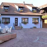 Ferienhaus, Blick auf den Innenhof (S'Harzala Bleu) - Profilbild