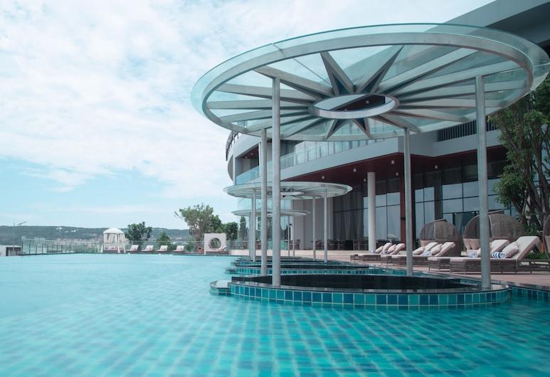 Wyndham Grand KN Paradise Cam Ranh, Cam Ranh, Poolside Bar