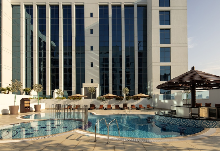 Hyatt Place Dubai Jumeirah, Dubai, Room, 1 King Bed with Sofa bed, Pool View, Guest Room View