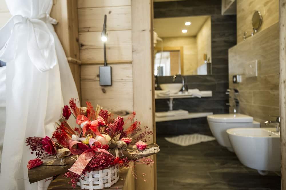 Panoramic Suite - Bathroom