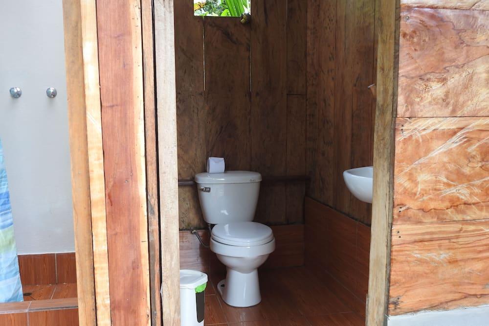 ツインルーム 共用バスルーム - バスルーム