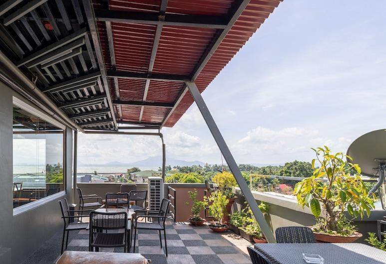 Paopao Hotel & Residences, Sorsogon City, Terrace/Patio
