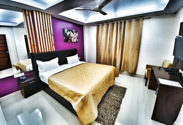 Hotel Aerocity Purple Orchid, New Delhi, Deluxe soba, Soba za goste