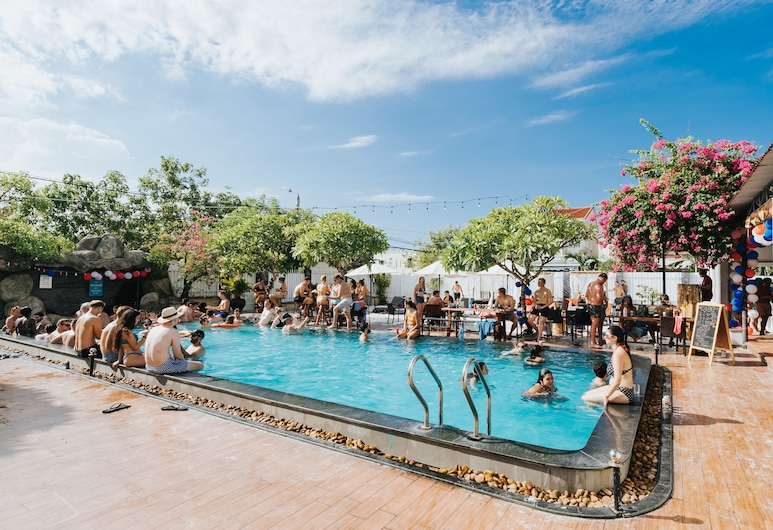 Cococha Hostel & Pool Club - Adult Only, Hoi An, Alberca al aire libre