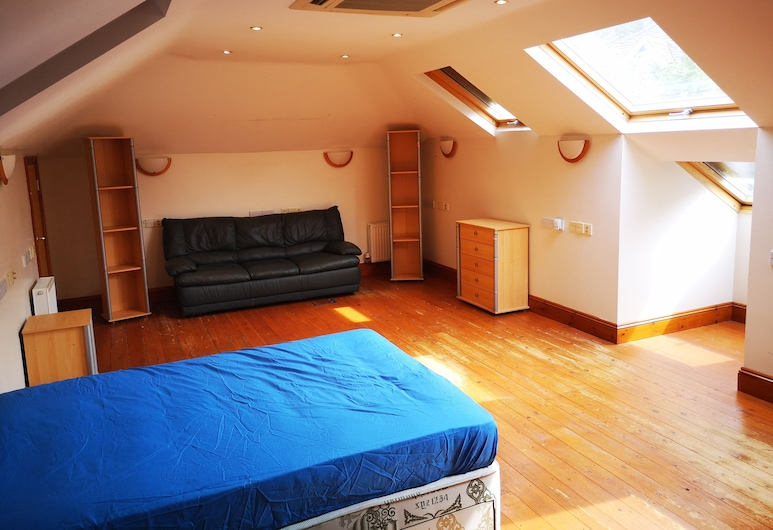 Exchequer Grange, Bournemouth, Guest Room