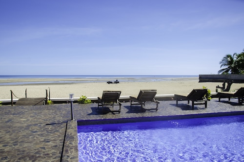 莫亞海灘酒店/