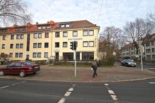 Schönfeld/