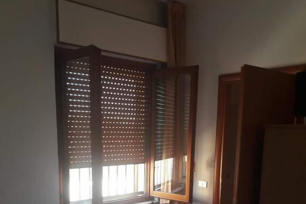 Dvivietis kambarys (N.3) - Svečių kambarys