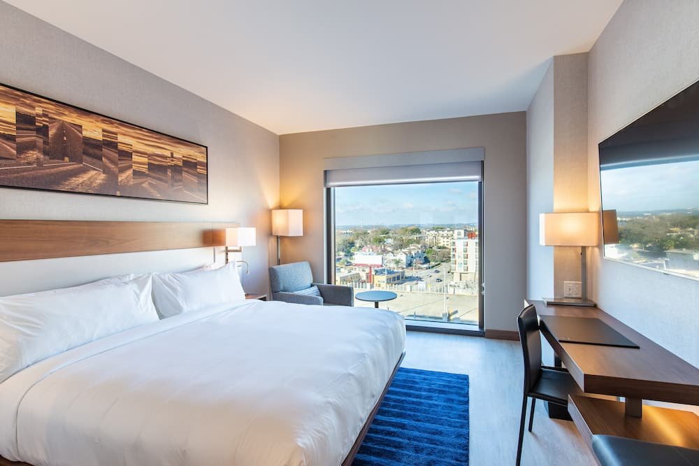 Room, 1 King Bed, Non Smoking - City View