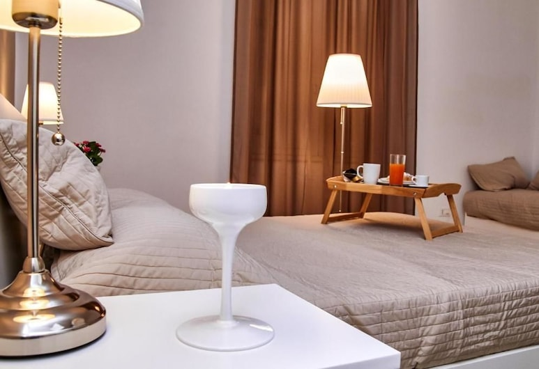 Palermo Inn, Palermo, Deluxe Quadruple Room, Guest Room