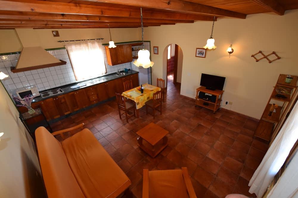 Casa, 1 habitación (Tola 1) - Sala de estar