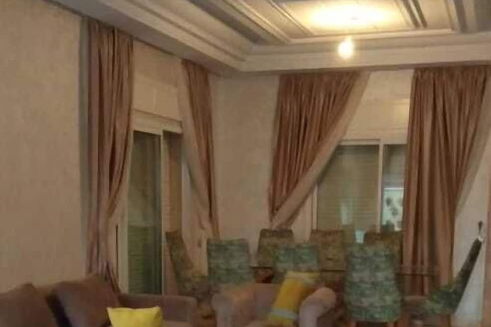 Villa - 5 sovrum - Vardagsrum