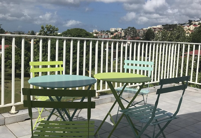 Apartment With 2 Bedrooms in Fort-de-france, With Wonderful City View, Furnished Terrace and Wifi - 8 km From the Beach, Fort-de-France
