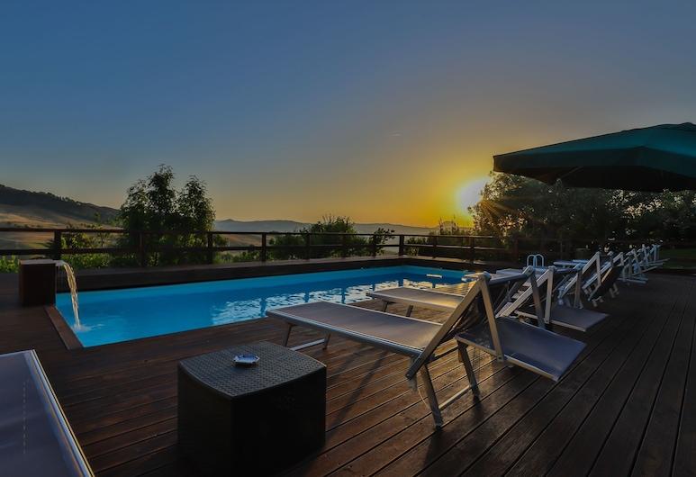 綠湖農莊酒店, 阿里亞, 室外泳池