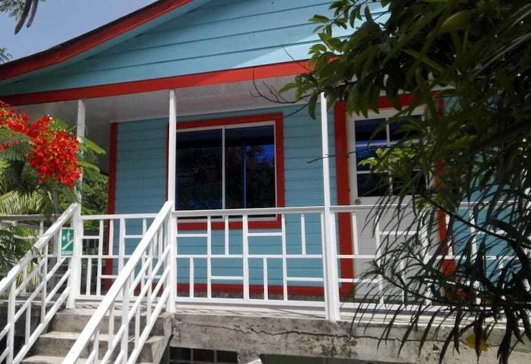 Mary & Matt lodge, Pulau Providencia, Bagian luar