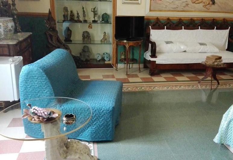 B&B Flora House, Salerno, Tremannsrom, privat bad (External), Gjesterom