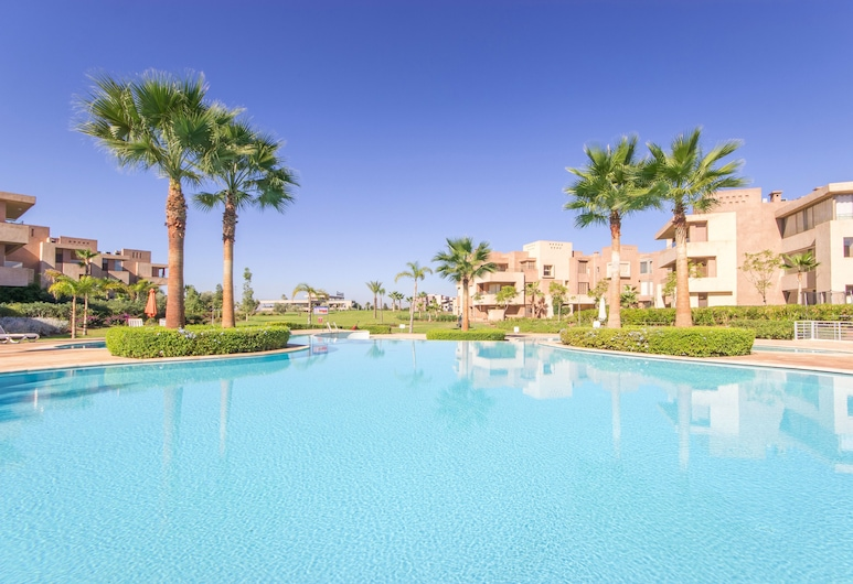 Family Only Flat in Golf City, Marrakech, Outdoor Pool