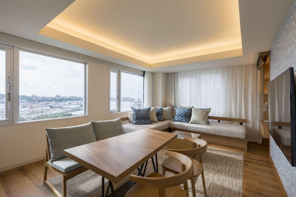 Premier İki Ayrı Yataklı Oda (1PM Check-in/1PM Check out) - Oturma Odası
