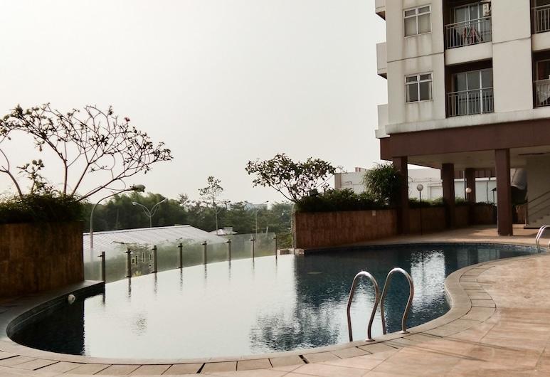 Affordable and Cozy Studio @ Serpong Green View Apartment, Serpong, Kolam