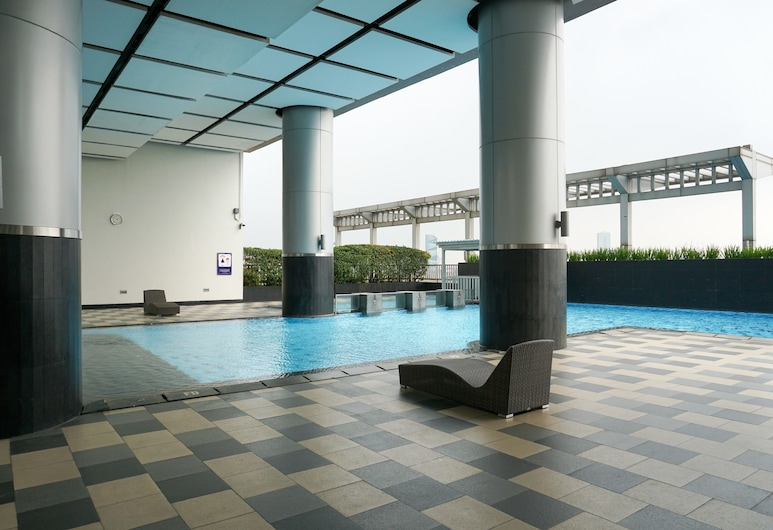 Cozy Studio Apartment at Cosmo Terrace, Jakarta, Kolam Terbuka