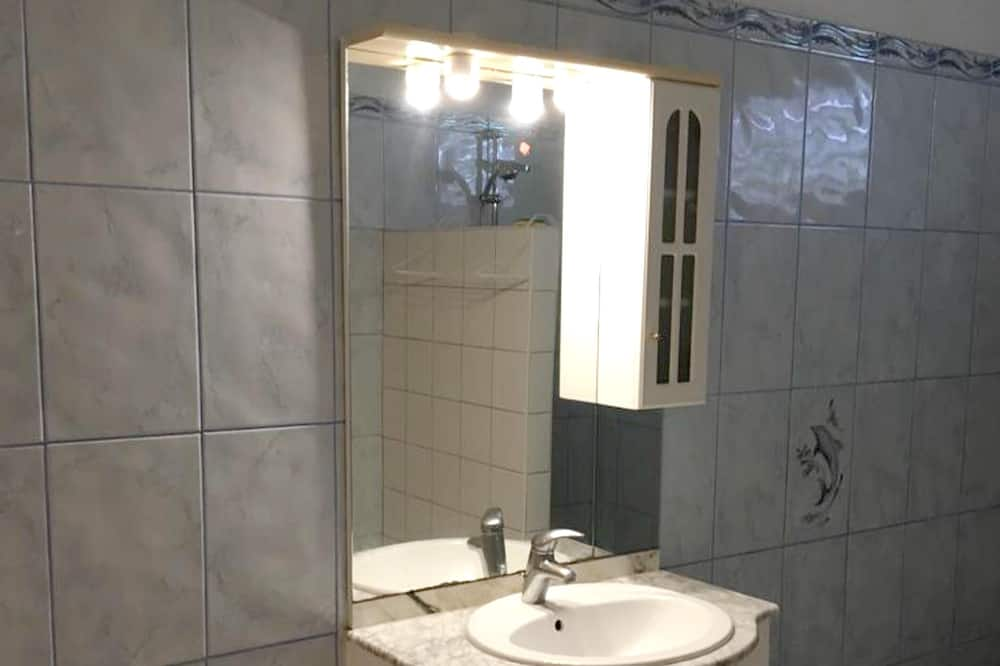 Apartmán, výhľad na more - Kúpeľňa