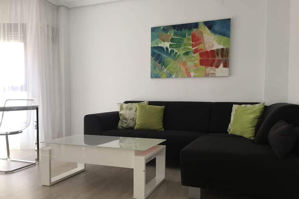 Appartement, 3 chambres, balcon - Salle de séjour