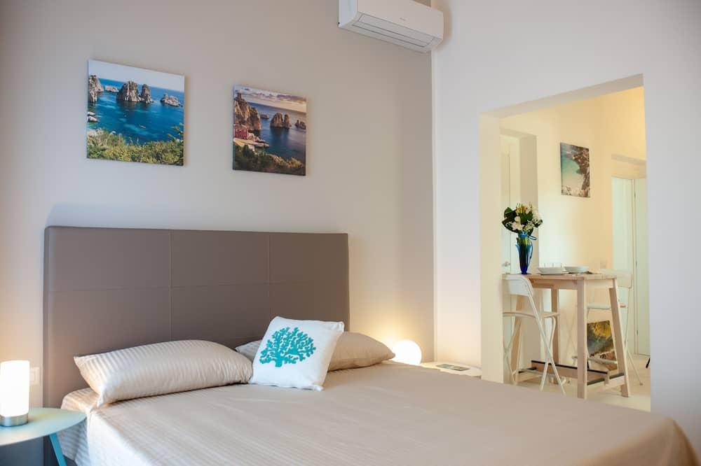 Exclusive Studio, Kitchenette (Bennistra) - Living Area