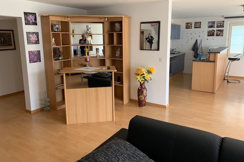 Lejlighed - 3 soveværelser - stueetage - Opholdsområde