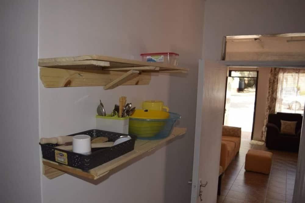 Standard Room, Shared Bathroom - Shared kitchen