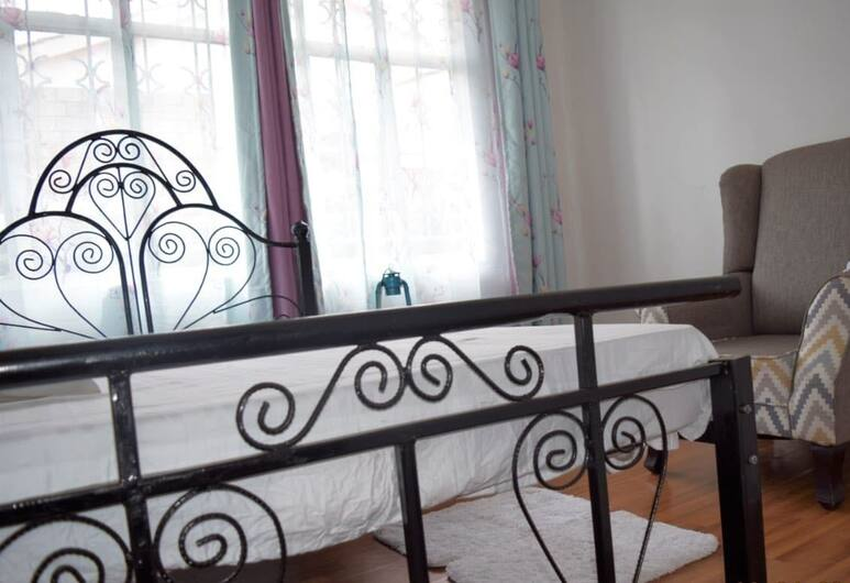 Serene Home, Nairobi, Standard Room, Shared Bathroom, Guest Room