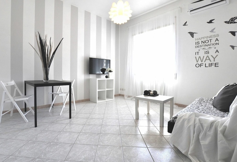 Maestrale, Rome, Apartment, 1 Bedroom, Living Area