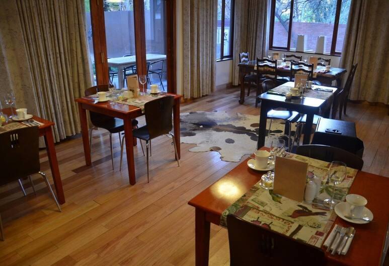 Bed & Breakfast Hatfield, Pretoria, Breakfast Area