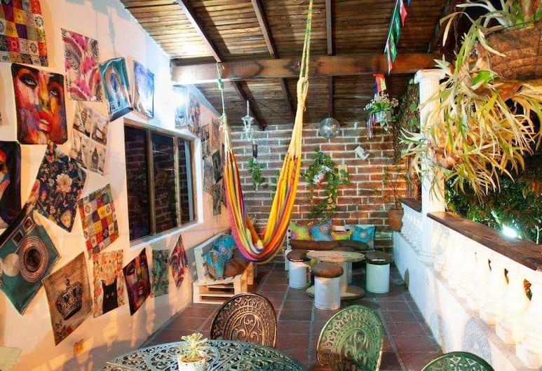 Hostal Monets Poblado, Medellin, Terrace/Patio