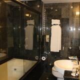 Apartmán typu Deluxe, masážna vaňa (Master) - Kúpeľňa