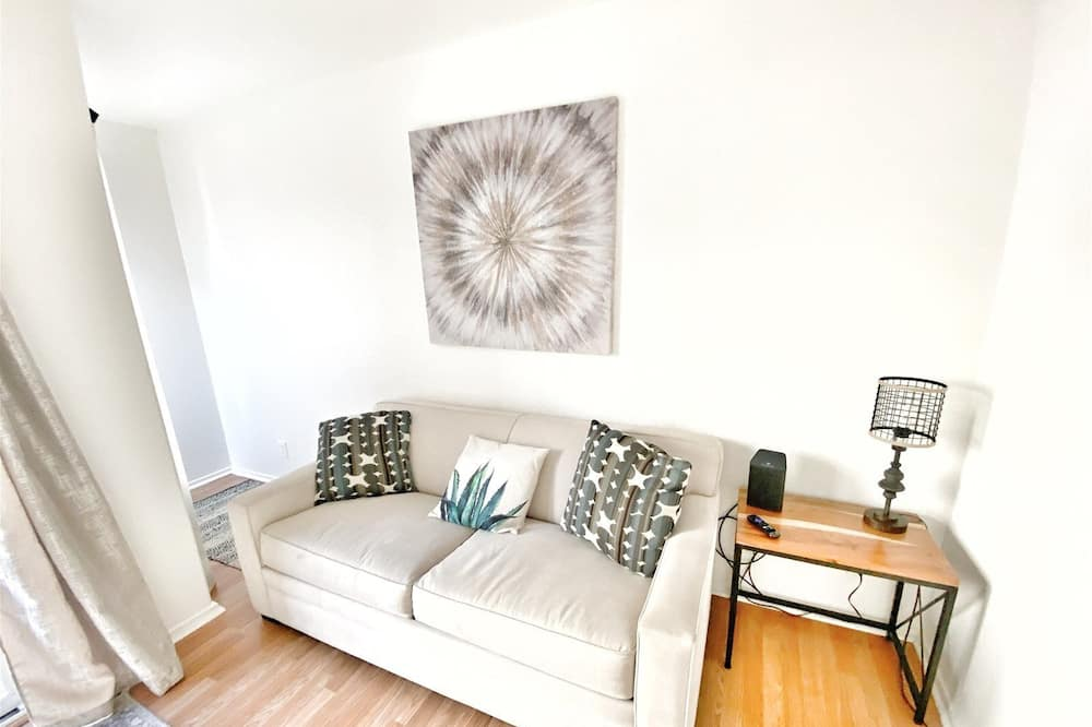 Apartment (LOFT 306/2) - Living Room