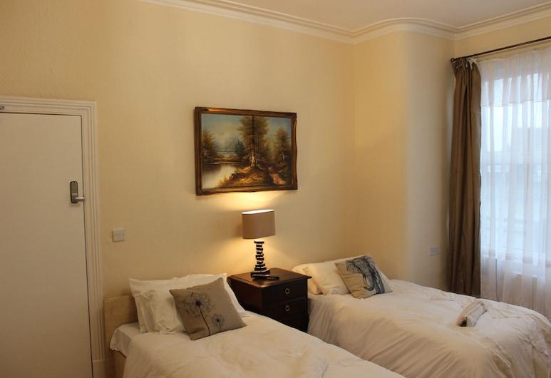 ADVO Aparts Guest Hotel Leeds, Leeds, House, 5 Bedrooms, Guest Room