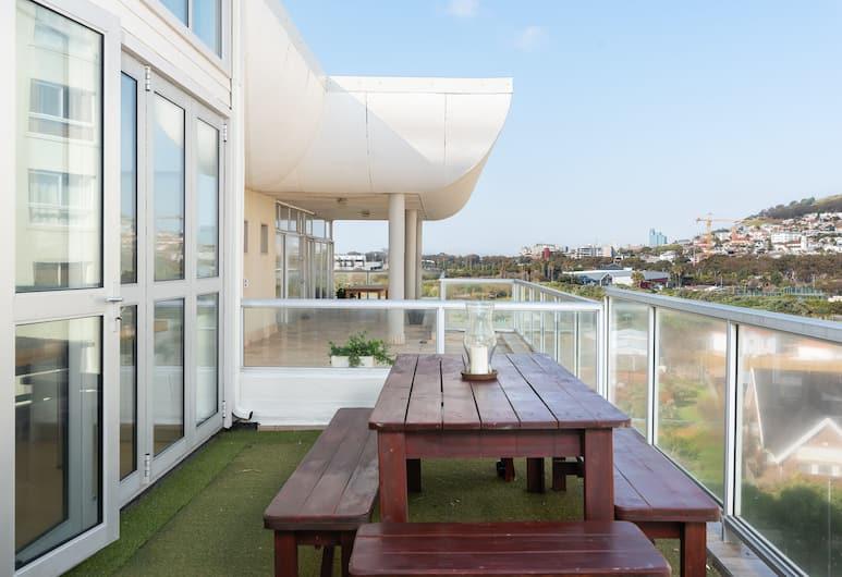 New Cumberland 510, Cape Town, Premier Apartment, 2 Bedrooms, Terrace/Patio
