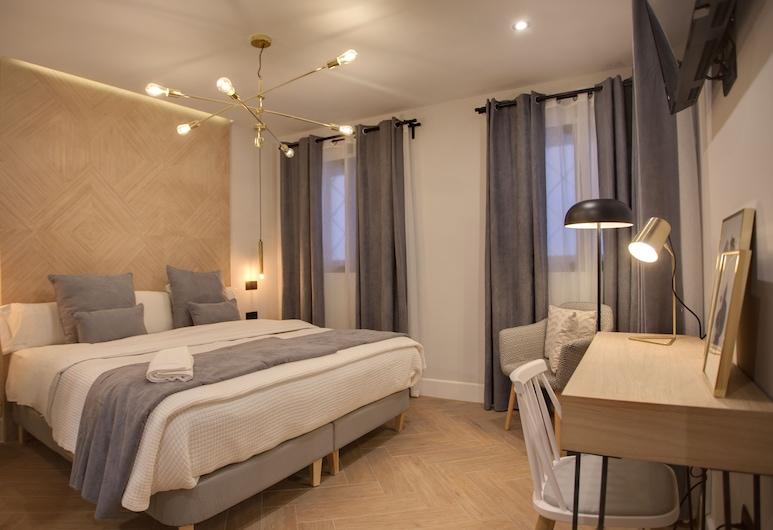 Suites You Soho , Madrid, Habitación Deluxe doble, Habitación