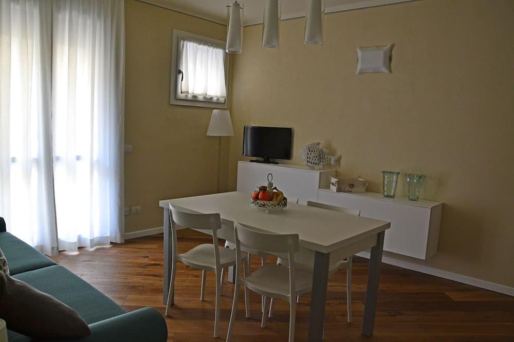 Standard Apartment, 1 Bedroom, Balcony - Living Room