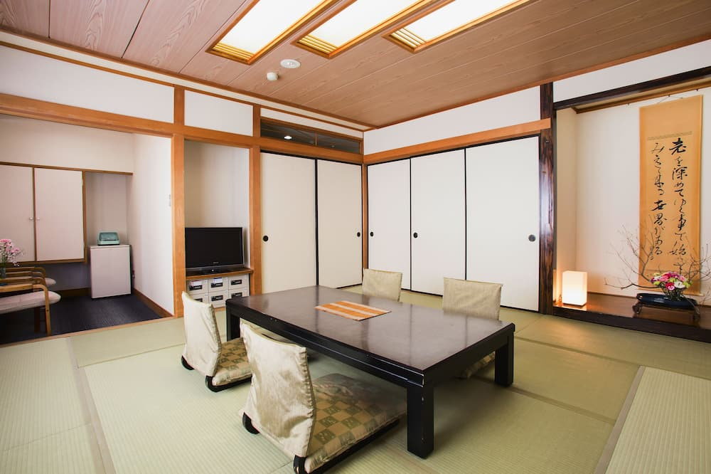 Traditional-Zimmer, Raucher (Japanese Style, for 6 People) - Zimmer