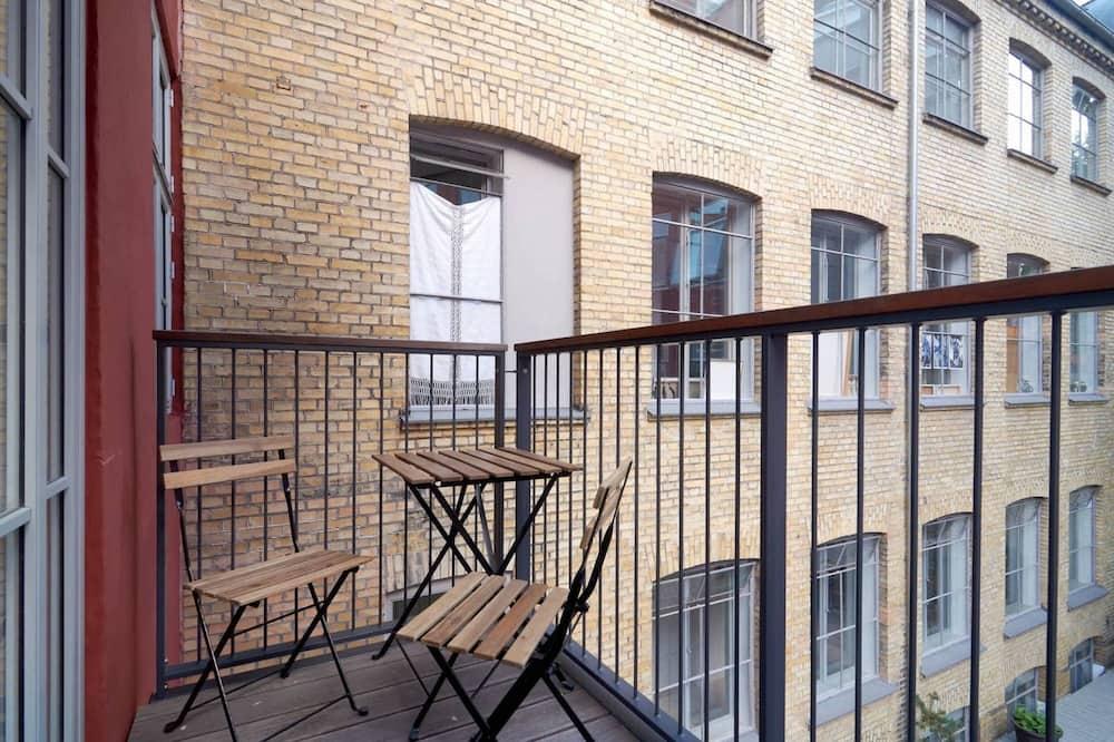 Apartemen Mewah - Balkon