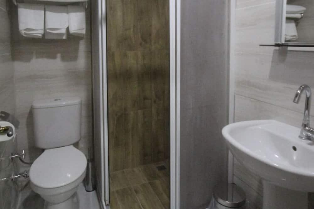 Phòng 3 - Phòng tắm