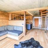 Luxury Apartment, Mountain View - Living Area