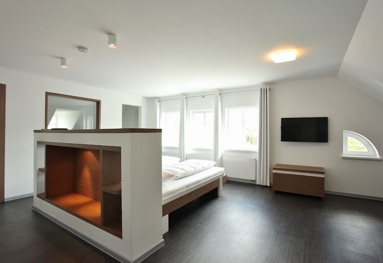 Achtender, Metzingen, Apartmá, Pokoj