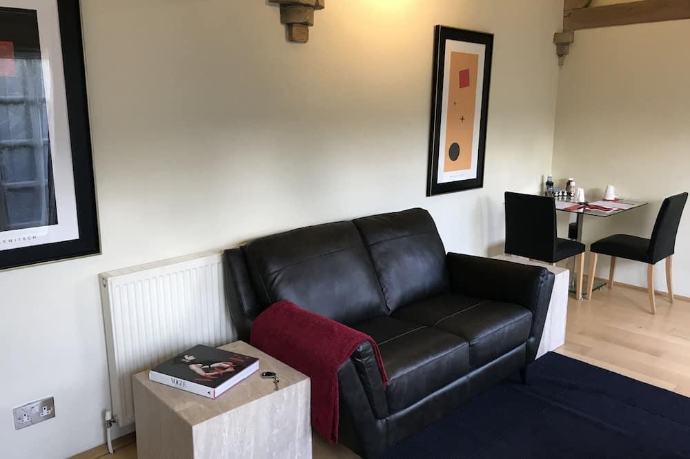 Deluxe Suite - Ruang Tamu
