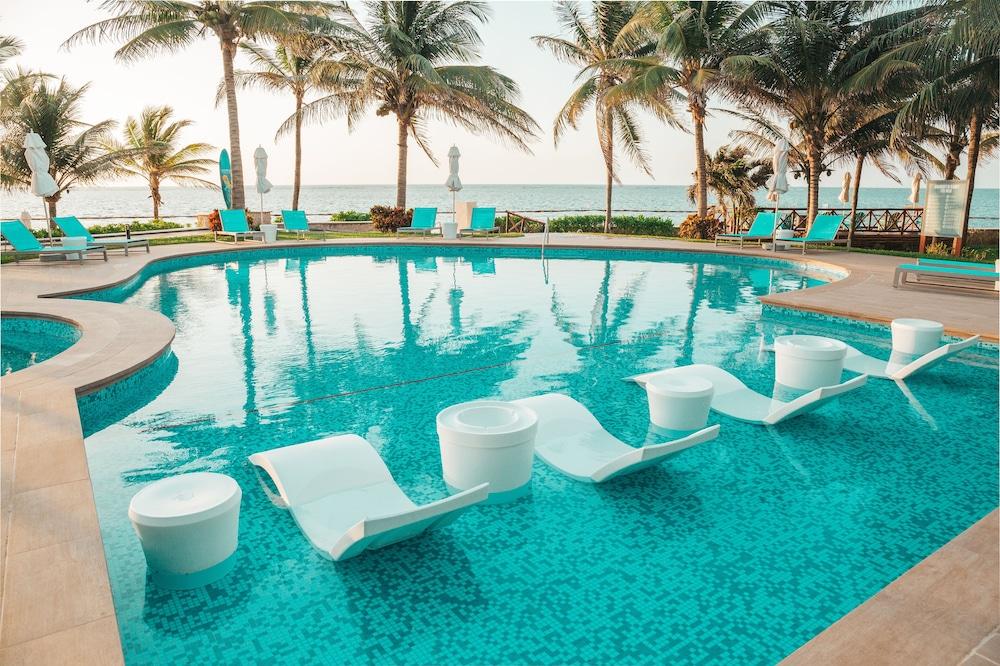 New Margaritaville Island Reserve Riviera Cancun - All Inclusive by Karisma
